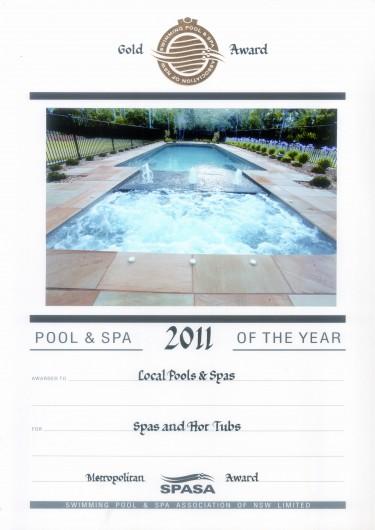 2011-gold-award-spa-&-hot-tubs