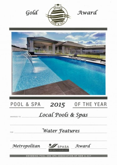 2015-gold-award-water-features