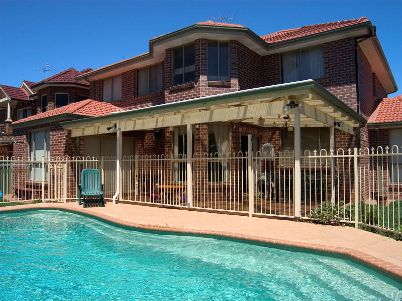 Local Pools and Spas Sydney Fibreglass Pool Builder NSW Compass Pools Riviera 2