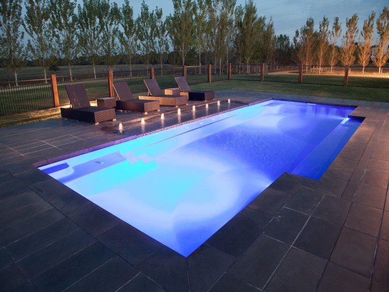 Beautiful Contemporary Swimming Pool Design The Vogue