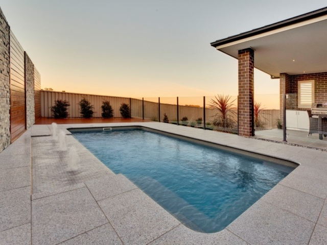 Local Pools & Spas Sydney - Fibreglass Swimming Pool Installation Ideas in NSW 9