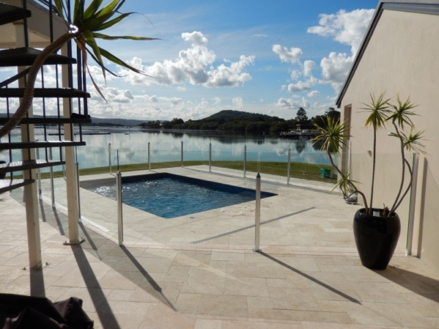 Local Pools and Spas Sydney Fibreglass Pool Builder NSW Compass Pools Plunge 4