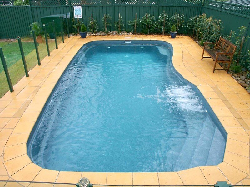 Local Pools and Spas Sydney Fibreglass Pool Builder NSW Compass Pools Riviera 10