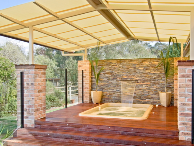 Local Pools and Spas Sydney Fibreglass Pool Builder NSW Compass Spa Pools 2